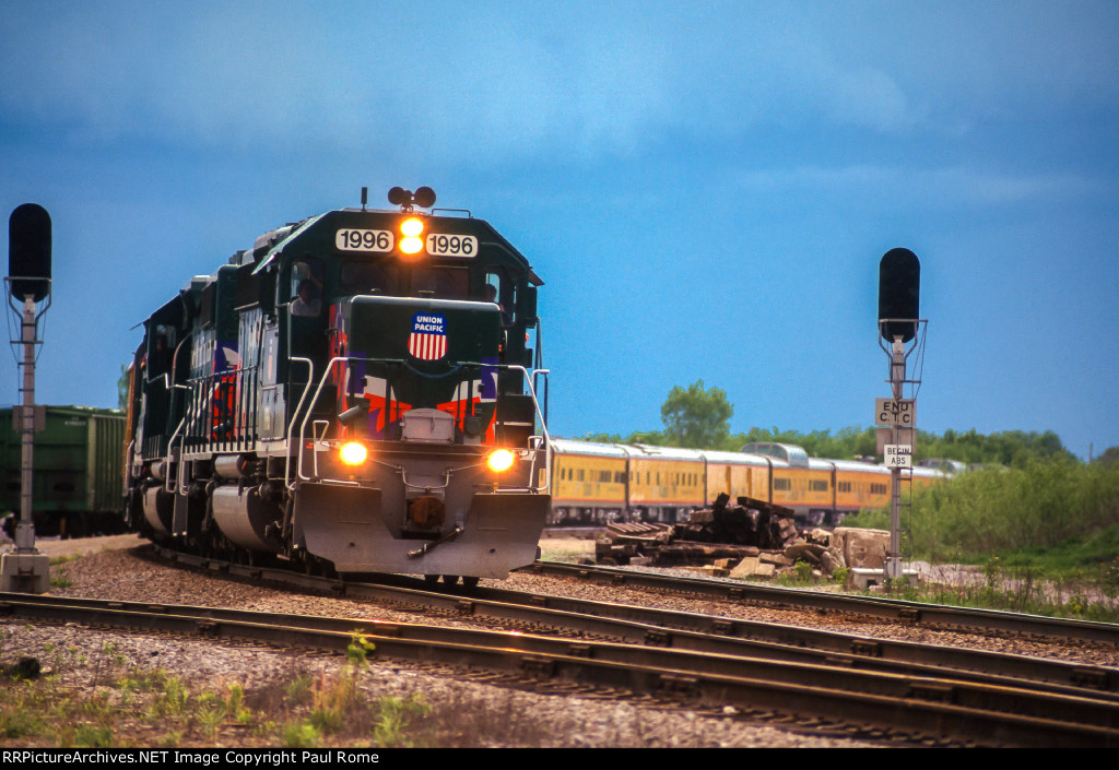 UP 1996, 1896, EMD SD40-2, Olympic Torch Relay Train, eastbound