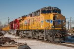 UP 2010, GE C45AC, 100-year anniversary of Boy Scouts, with Super Bowl Special train locomotives