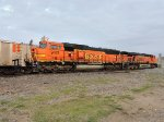 BNSF 9475 and BNSF 6010