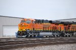 BNSF 8230 Heads west into the BNSF Amarillo Depot for a crew swap and continue westbound towards LA.
