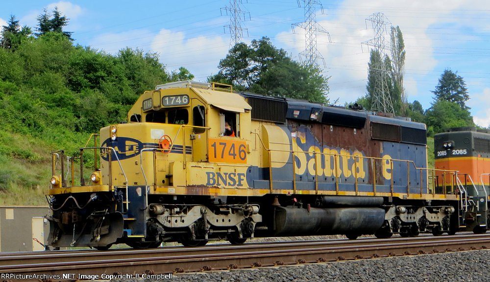 BNSF 1746