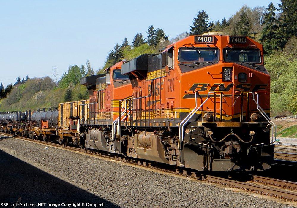 BNSF 7400
