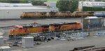 BNSF 5177 - BNSF 5922, UP 5551 - UP 5540 - UP 5518