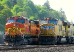 UP4897 overtakes BNSF5401