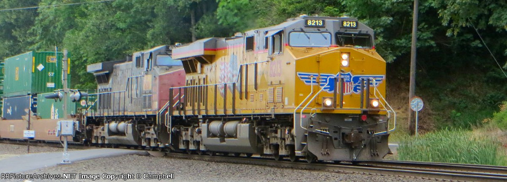 UP 8213 - UP 6201