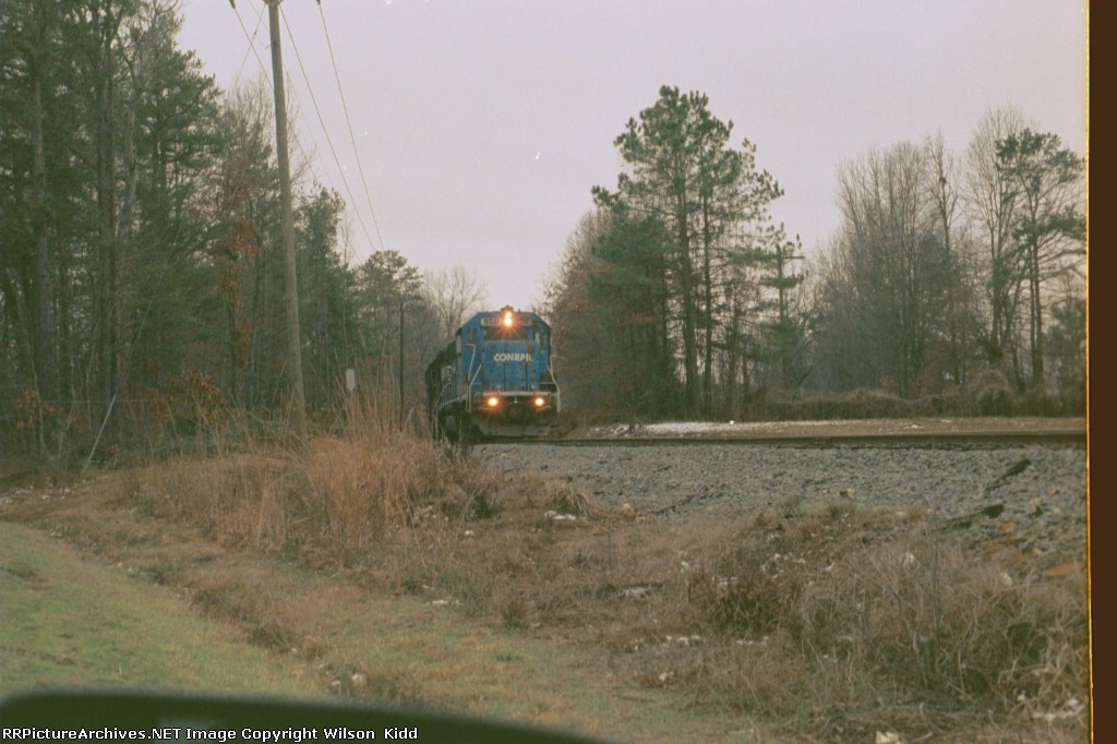 NS 5341 heading north out of town and back to High Point