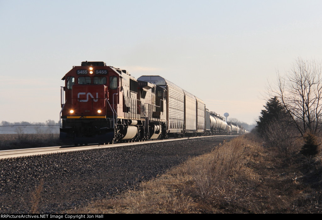 After meeting oil loads at the end of the double track, M399 heads west coming out of the morning sun