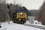 Bound for Chicago, Q327 rolls west past the mile 39 signal