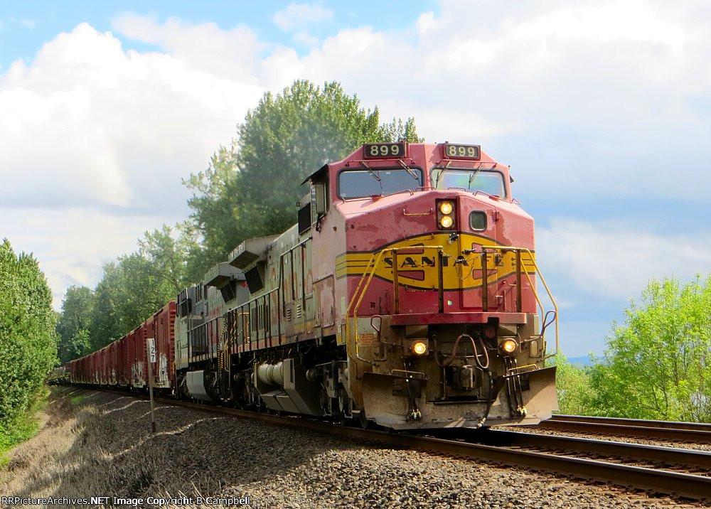 BNSF 899 lead and KCS 4595