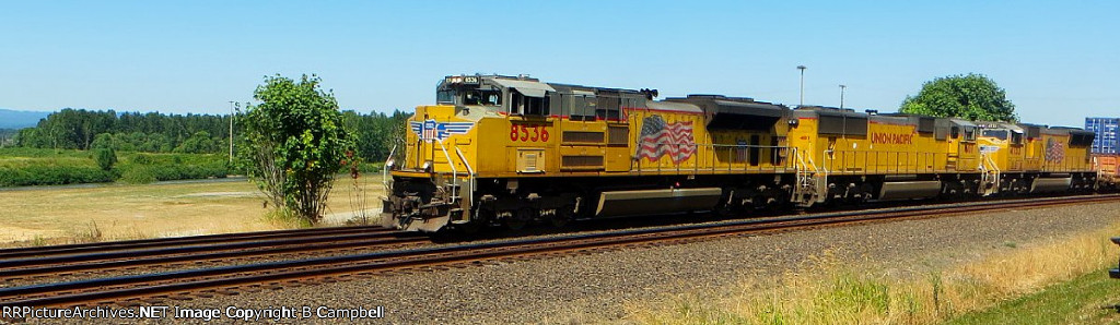 UP 8536 - UP 4107 - UP 4733