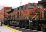 BNSF 7093 (with DTTX 652327 well car