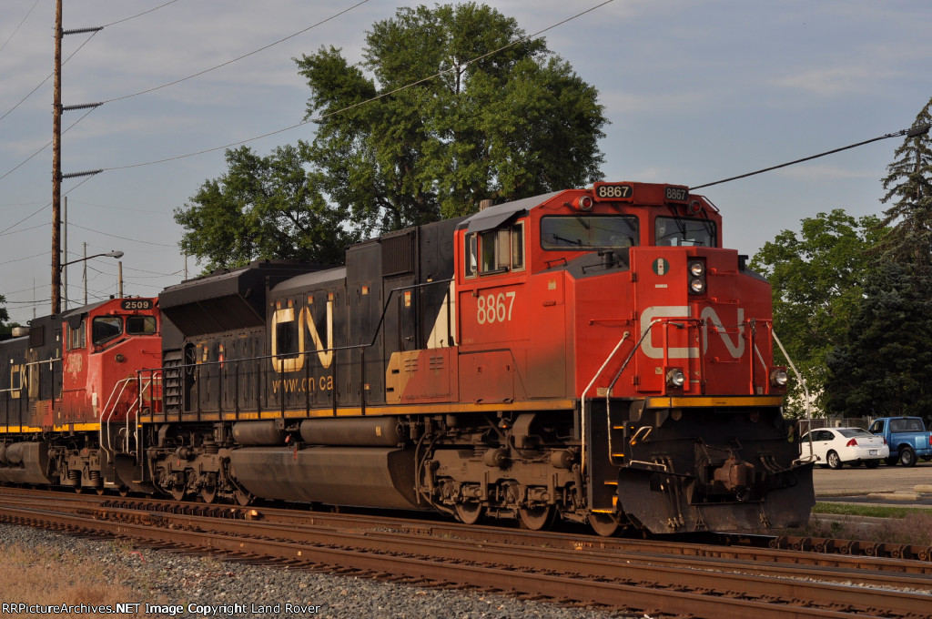 CN 8867 On NS 175 East