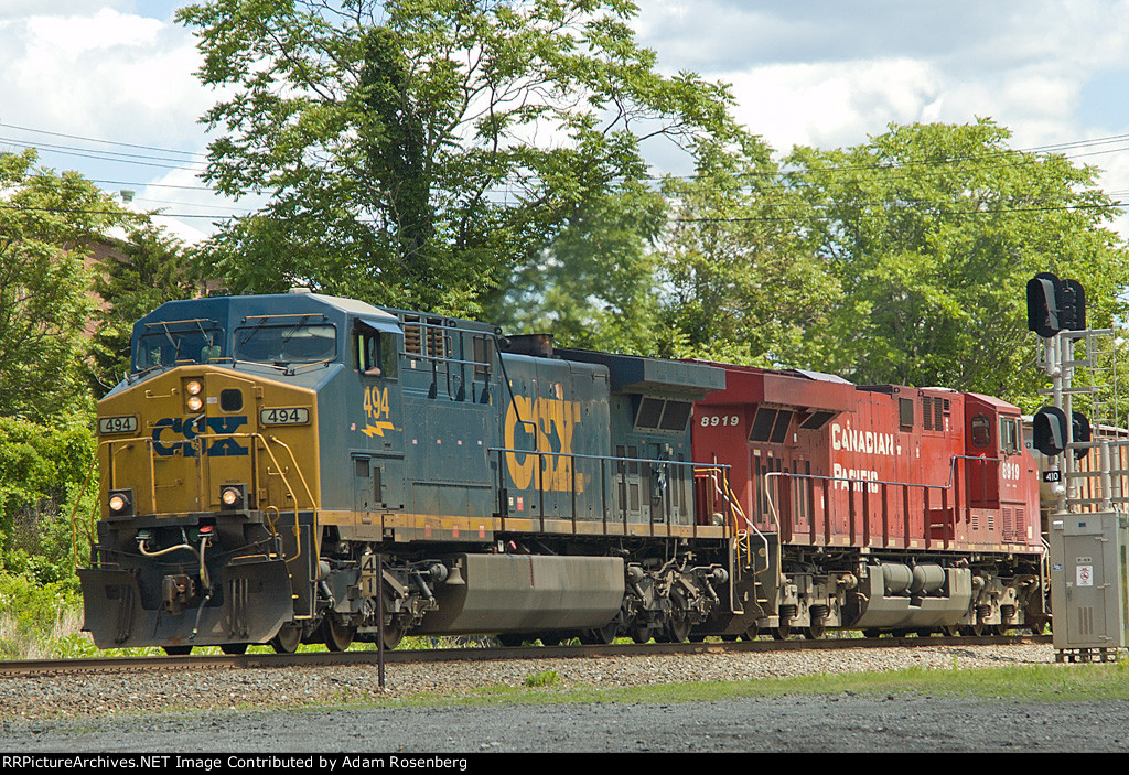 CSX 494 and CP 8919