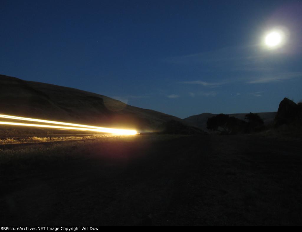 WAMX 4016 at Night