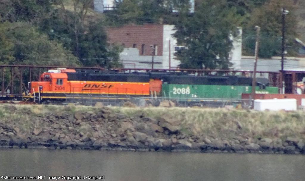 BNSF 2104 - BNSF 2088