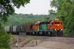 BNSF 2662 Heads up a EB DENKCK..
