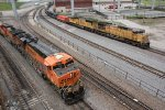 BNSF 5834 Races EB Up 6850 in the West Bottoms of Kc Mo.