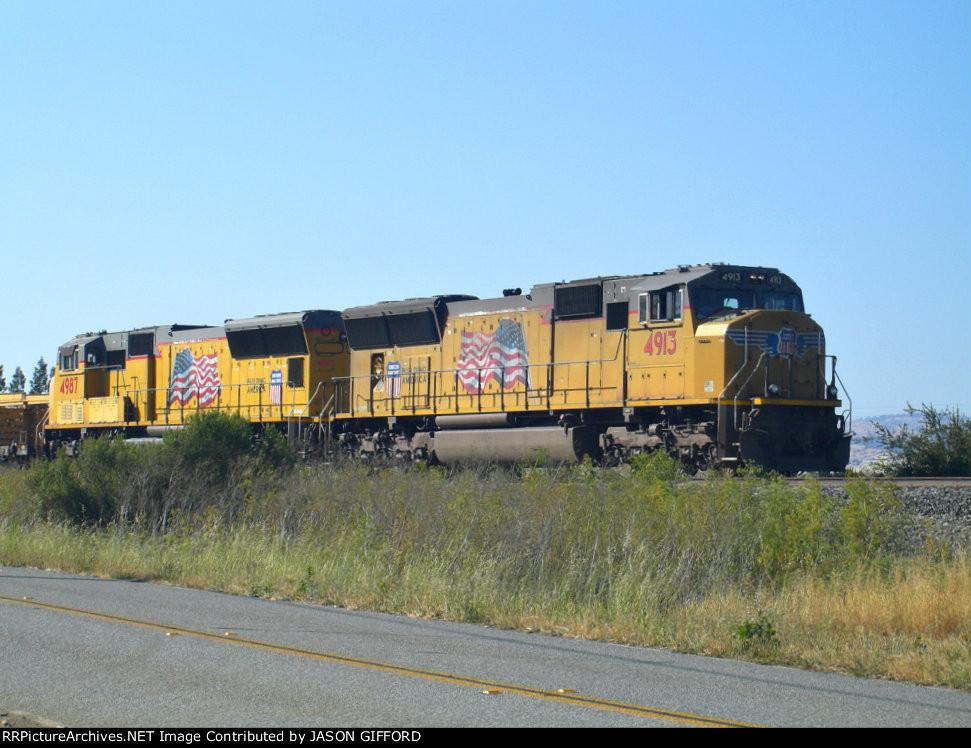 UNION PACIFIC RAIL TRAIN