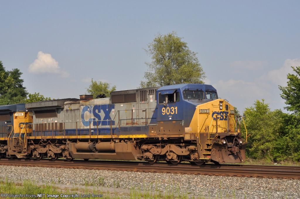 CSXT 9031 Southbound