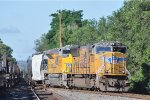 UP 5045 On NS 64 Q Westbound