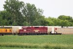 IANR 2003 coupled behind the three CNW GP7s