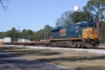 CSX 5244 effortlessly pulling pigs solo