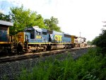 CSX 8609 and 348