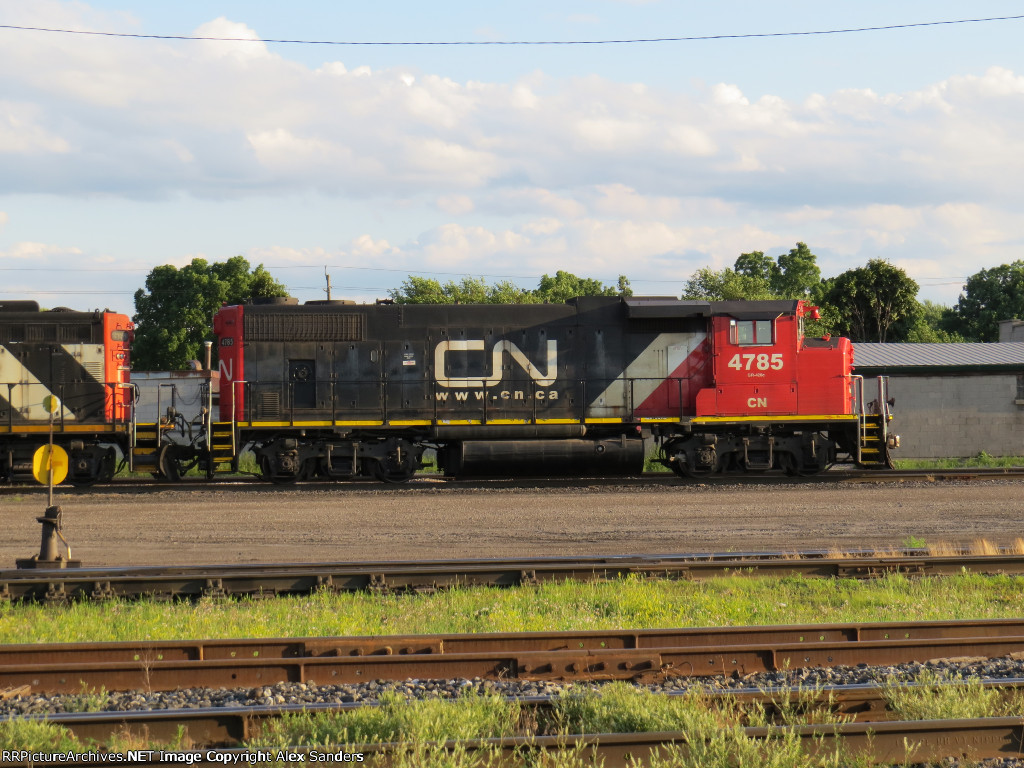 CN 4785