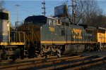 CSX C40-8W 7806 trails on Q418-16