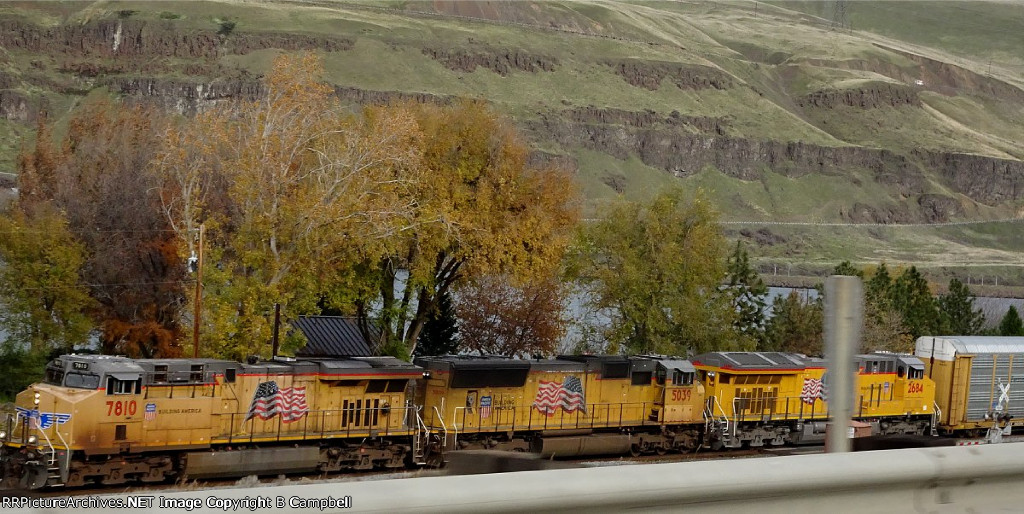 UP 7810 - UP 5039 - UP 2684