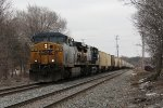 With grain empties for MQT in tow, G013 rolls west through Grand Rapids