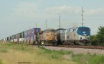UP 6862 and AMTK 179