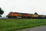 BNSF 7352 passing LMIX 308