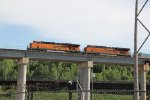 BNSF 7620 leads a EB stack over the Flyover.