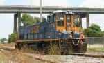 CSX 1174 about to pick up at a plant