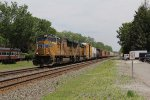 After getting the okay from Chicago West to start pulling, UP 5204 & 3867 move west with 33E