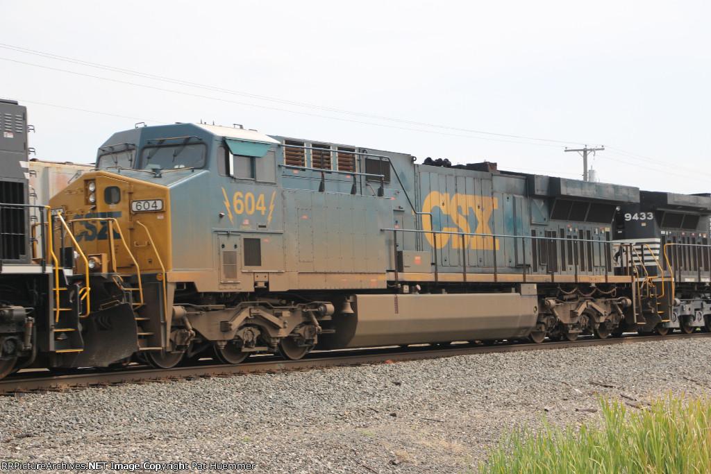 CSX 604