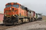 BNSF 7639 Heads up a cool lash up on the MEMGAL.