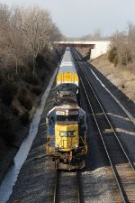 CSX 8542 leads Q231 south down the double track