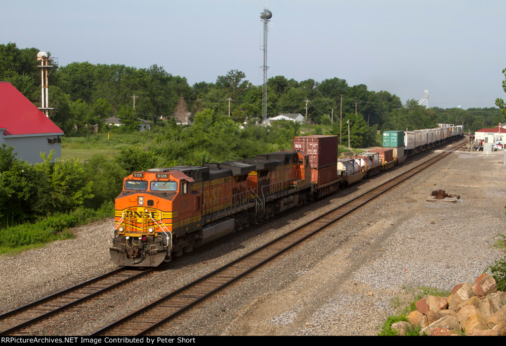 BNSF5126 and BNSF4937