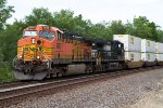 BNSF5839 and NS9327