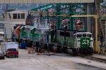 BNSF1405, BNSF1408, SVGX1361, FURX3043 and FURX3029 waiting to be refuelled