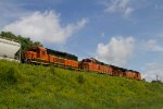 BNSF4646, BNSF4627 and BNSF1967 passing Peck Park