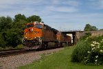 BNSF6927, BNSF4344 and CP9557 passing Peck Park