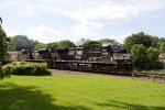 NS8968 and NS2756 passing Peck Park