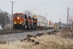 BNSF 6952 with friends @ Mazon