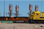 SF5208 and BNSF9564 outside the diesel depot