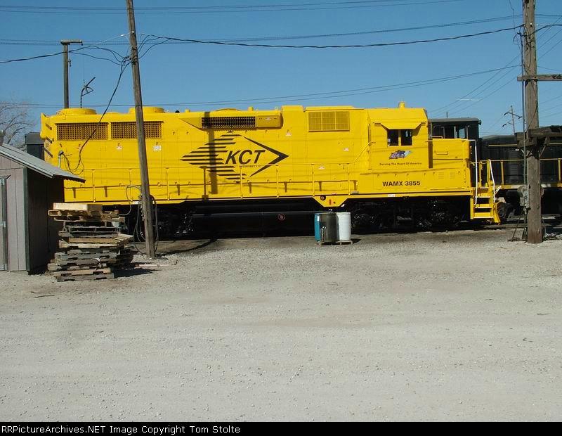 WAMX 3855 in Mill Street yard