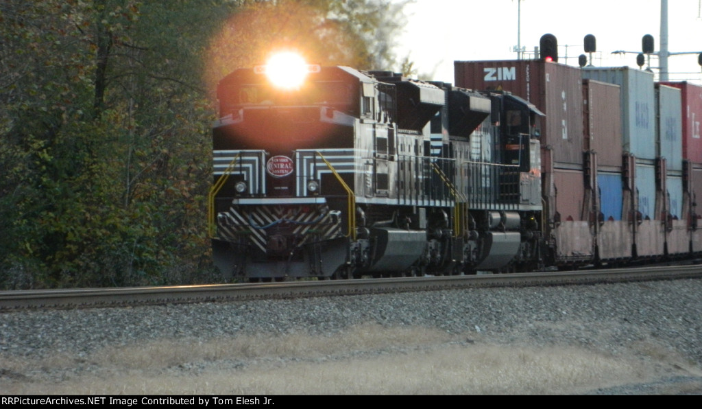 NYC SD70ACe #1066