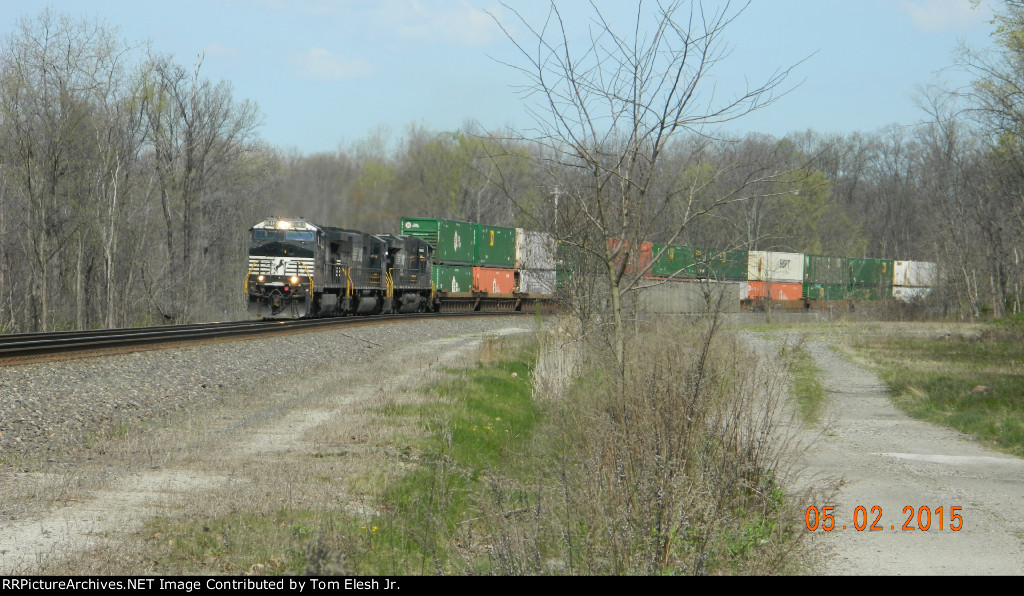 NS Intermodal Rounding The Curve
